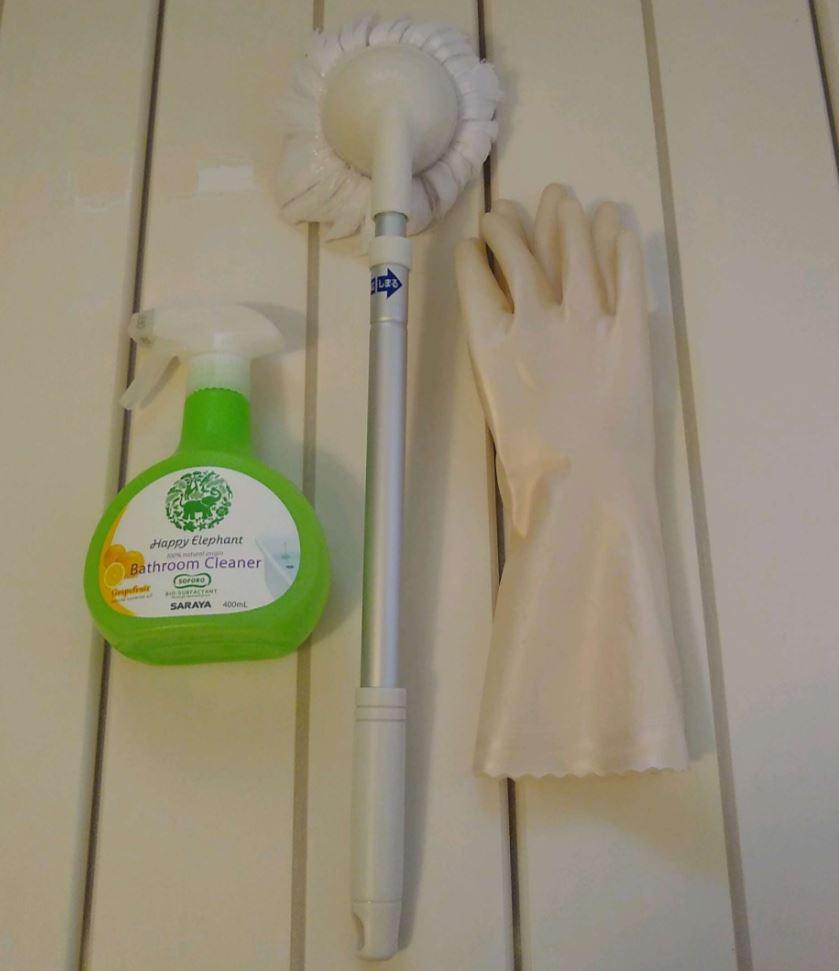毎日の掃除で使うのはこれだけ(洗剤は赤ちゃんでもOKなものなので、洗剤として強力なものではありません)