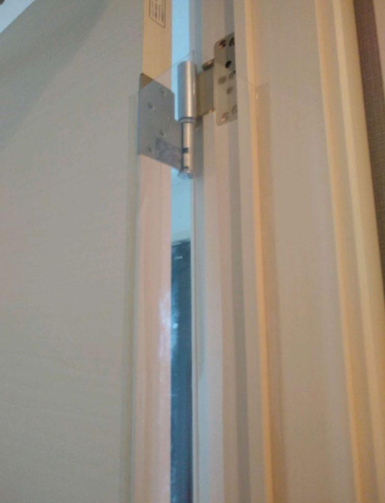 はさマンモス取り付け方法05.残りの両面テープも全部貼り終えた状態