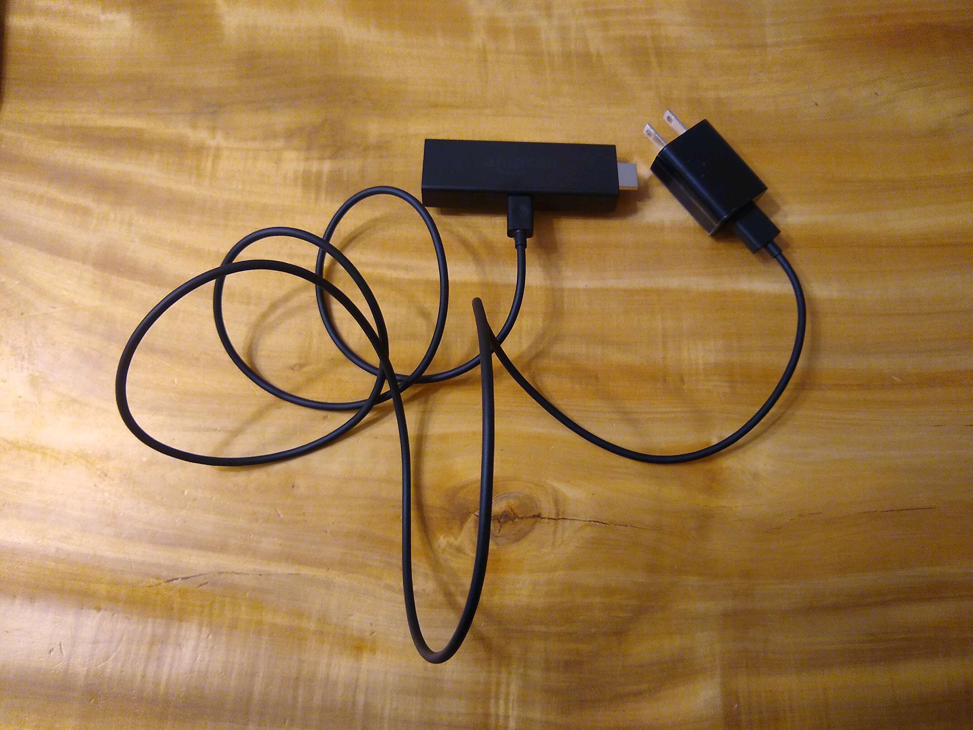 03.Fire TV Stick_コードをくっつけた状態
