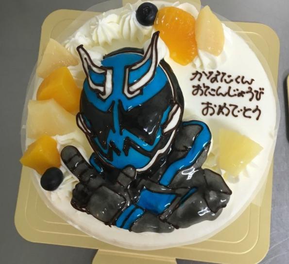 「カトルセゾン菓子夢」の立体ケーキ