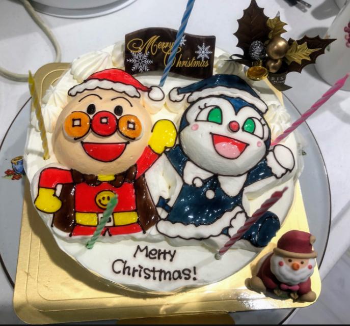カトルセゾン菓子夢のアンパンマンクリスマスケーキ